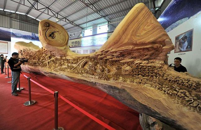 log sculpture 2